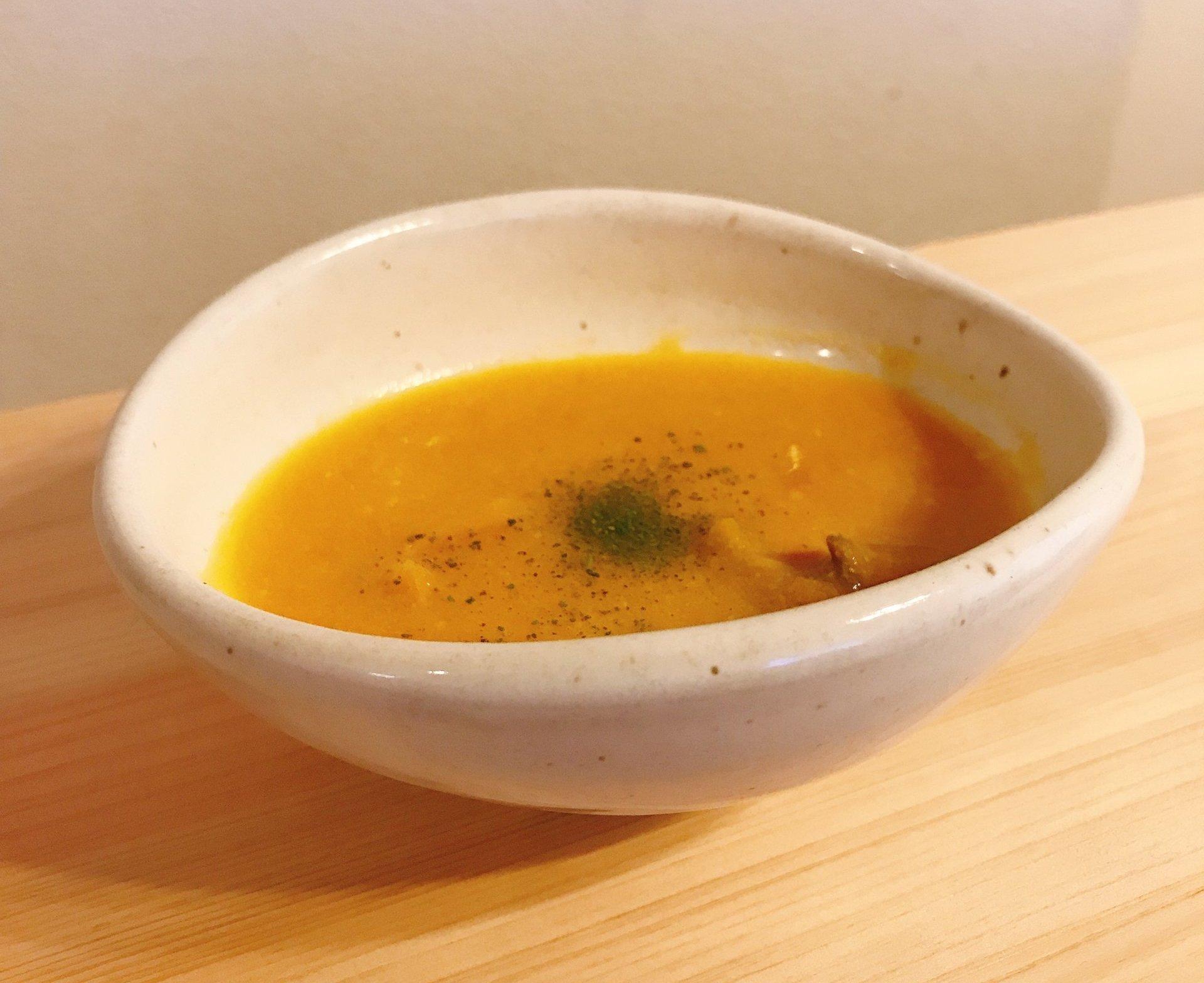 写真:バターナッツかぼちゃのポタージュスープ